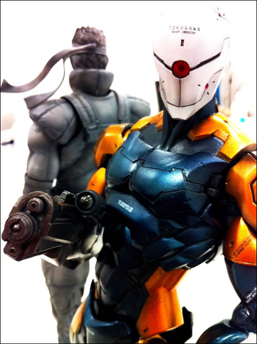 Gray Fox et Solid Snake en Figurine
