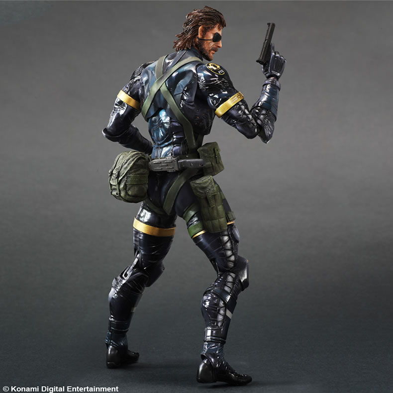 La figurine Play Arts Kai de Big Boss (Ground Zeroes) dispo au printemps